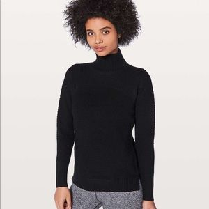 Lululemon Warm and Restore Sweater Size 8
